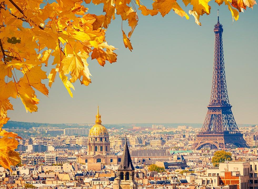 Bestill billige reiser og fly til paris hos travellink for Ryanair barcelona paris orly